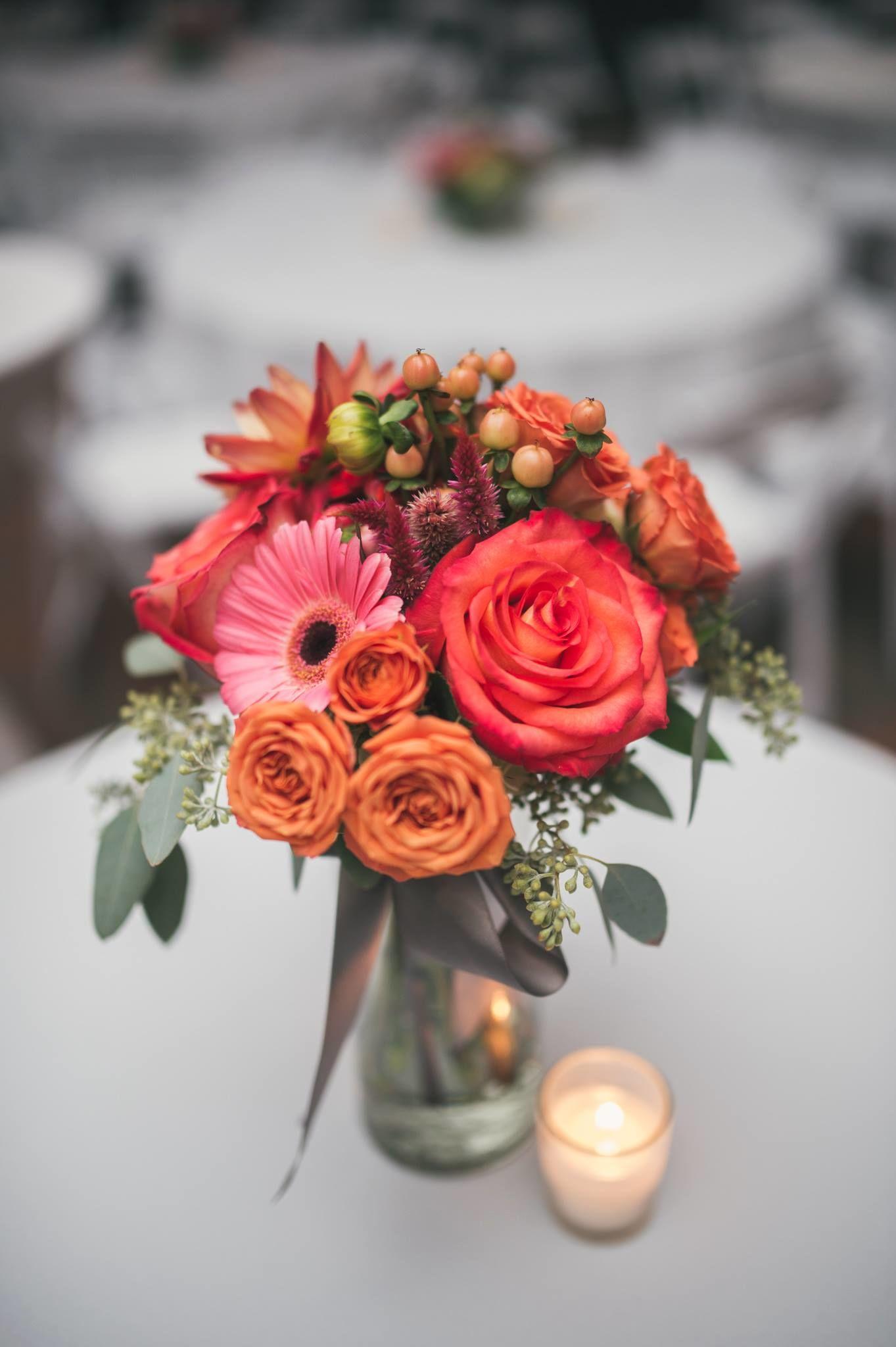 Rebel Hill Florist Wedding Day Center Piece Photo Gallery